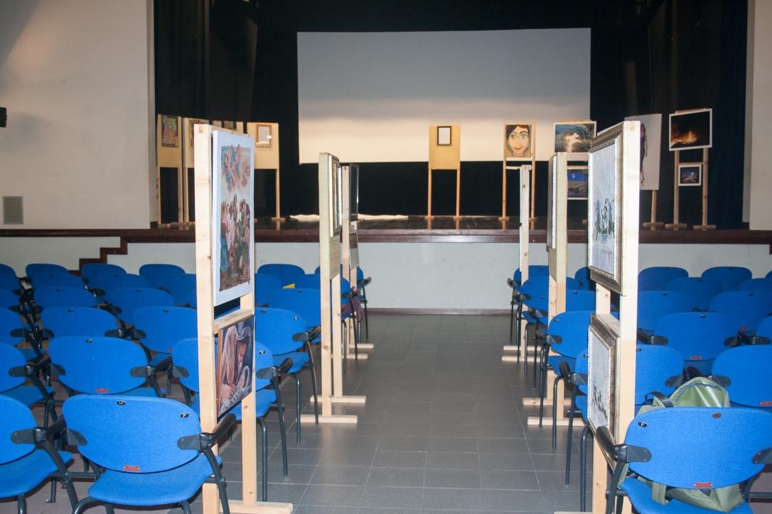 opere arte esposte al teatro di dovadola durante la mostra collettiva Tra Arte e Storia del mese di ottobre 2018