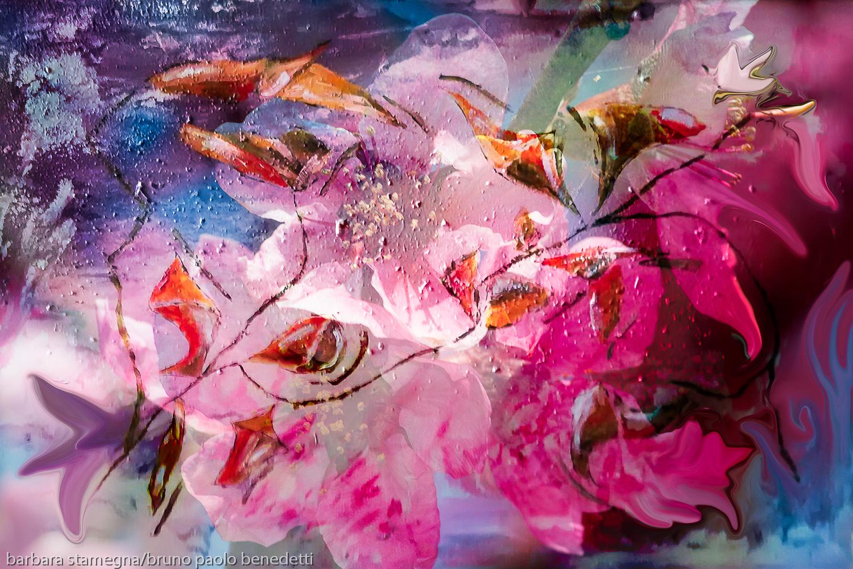 fiori astratti in immagine colorata con forme astratte simili a fiori e boccioli con sfumature di colore