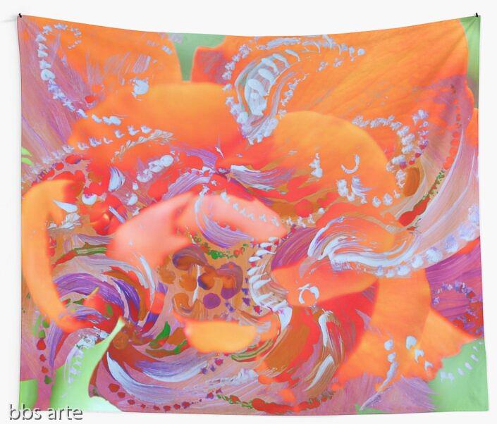 tappezzeria da muro con motivo di vortici bianchi su disegno floreale rosa e arancio